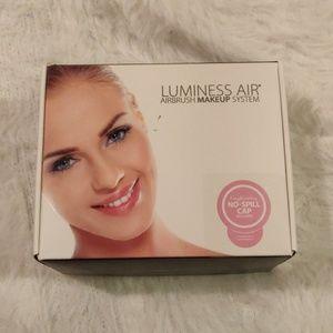 NEW Luminess air brush makeup kit